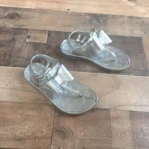 Gymboree Silver Glitter T Strap Bow Thong Sandals